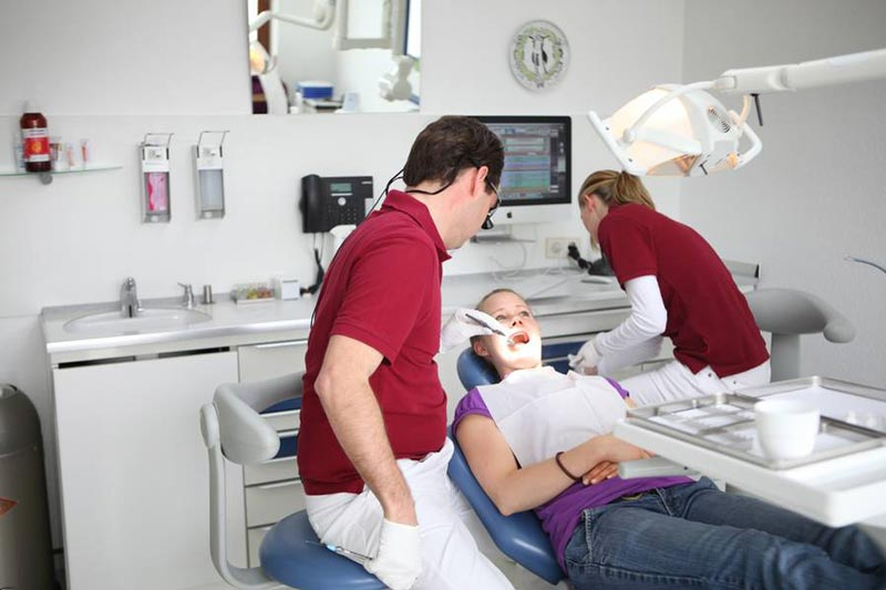 Zahnarzt in Bad Nauheim -Dr. Mende² - Dr. Mende² - Impressionen